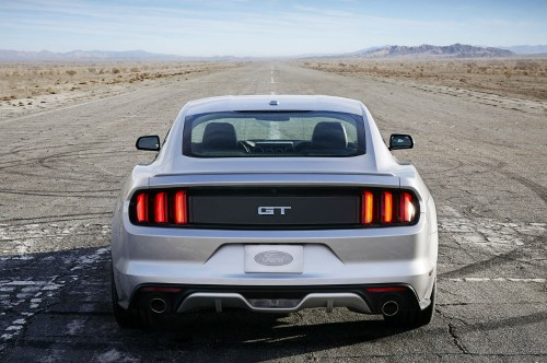 FORD-Mustang-5075_41