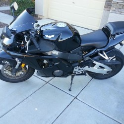 2002-Honda-CBR954RR--Motorcycle-200337204-9b269cfe8f2447cadc91a083459e693f