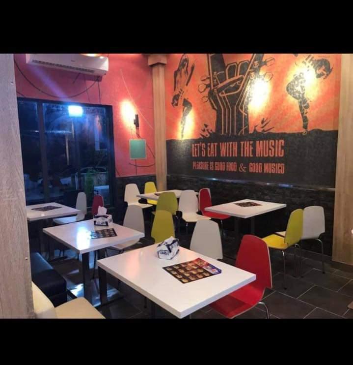 مطعم متكامل في البصرة ..الجزائر للبيع - صورة1